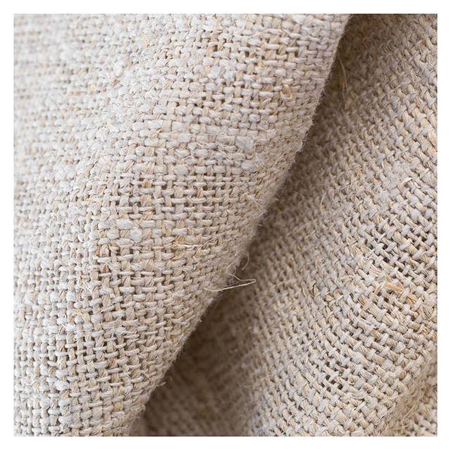 手紡ぎ手織りされたヘンプ生地